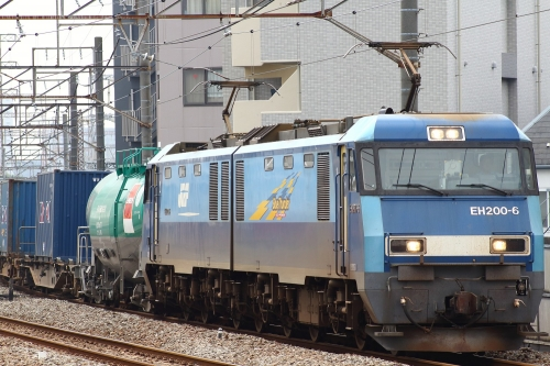 EH200-6牽引 5681レ 八丁畷