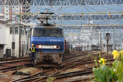 EF200-18・富士入換1