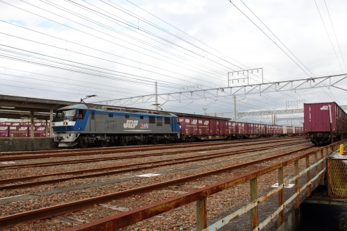 EF210-135・5075レ