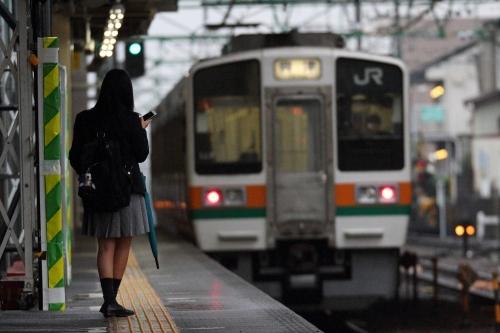 興津行き普通列車 草薙駅