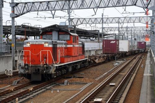 DD51 1805・2085レ 八田駅