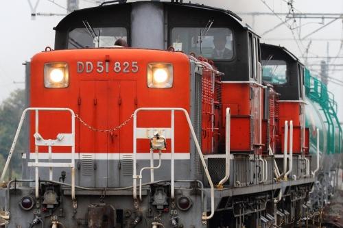 DD51 825+1802牽引・5282レ