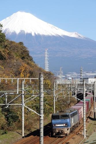 EF200-7代走・5073レ 富士川-新蒲原間