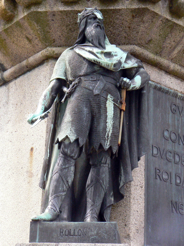 ロロの銅像
