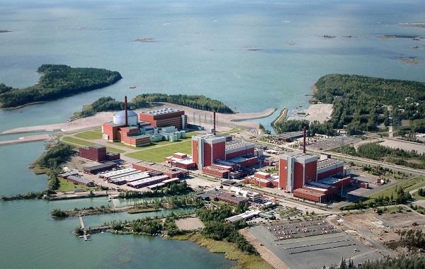 オルキルオト原子力発電所全景