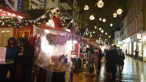 weihnachtsmarkt in hamburg alltag in d sseldorf. Black Bedroom Furniture Sets. Home Design Ideas