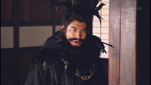 ドラマ 勇者ヨシヒコ 勇者ヨシヒコと導かれし七人 6話 感想 カンダタ ルパン 盗賊の村 カメラ男