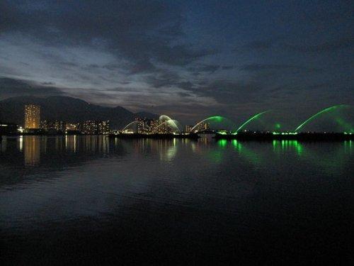 8琵琶湖噴水イルミ