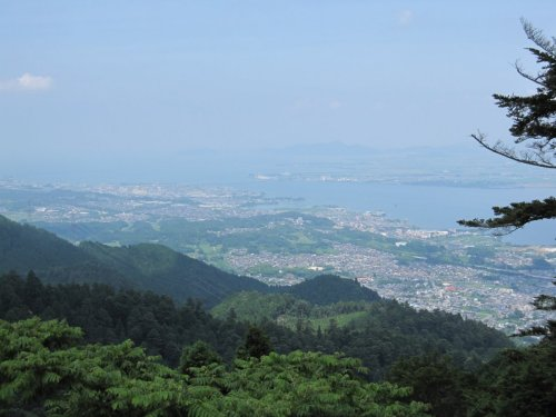 07ケーブル駅から琵琶湖