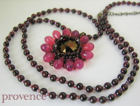 garnetflowernecklace.jpg