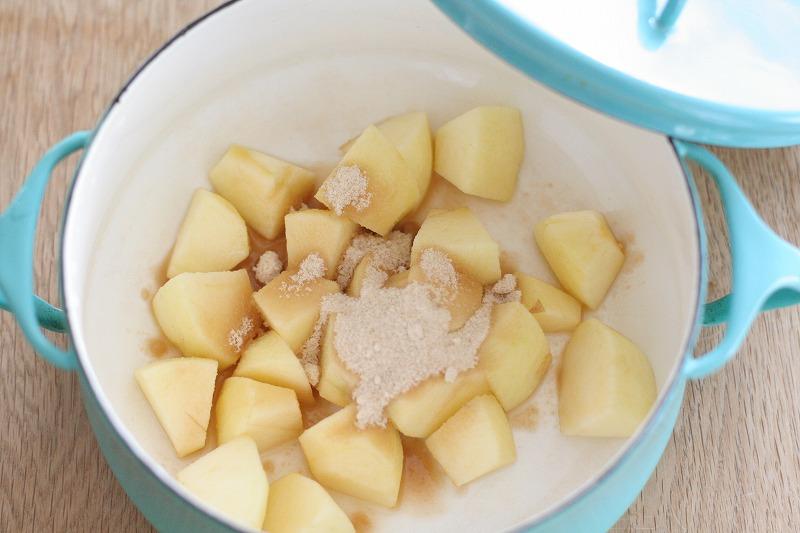 りんごのシロップ煮1
