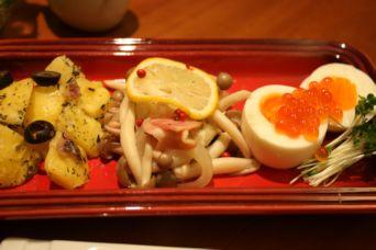 自家製イクラと秋の前菜3種盛り