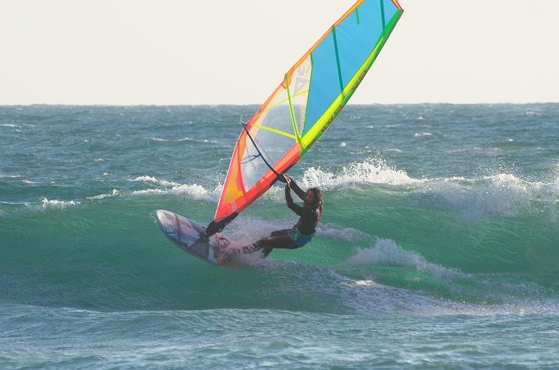 海と空とウィンドサーフィンと