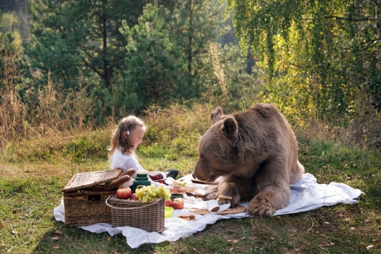 CATERS_TEDDY_BEAR_PICNIC_01.jpg