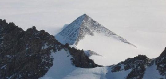 antarctica-01.jpg