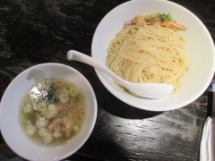 塩生姜らー麺専門店 MANNISH【弐】-4