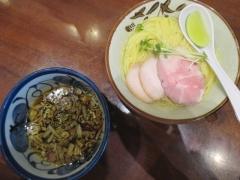 煮干し中華そば 鈴蘭 新宿店【弐四】-5