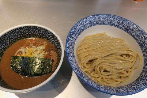 一橙(濃厚煮干しつけ麺)