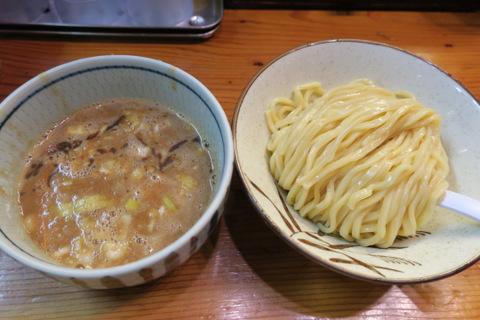 朧月(濃厚つけ麺)