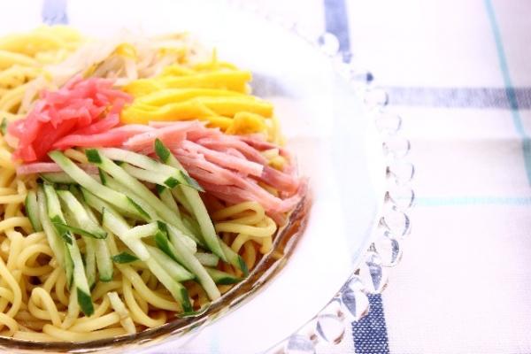冷やし中華と冷麺の違いが説明できる人いる?
