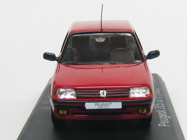 Dream garage peugeot 205 gti 1 43 for Garage peugeot corbeil essonnes 91