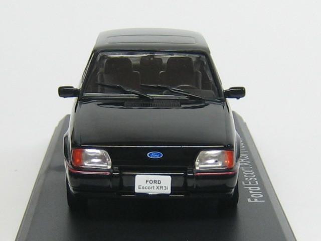 dream garage ford escort xr3i 1 43. Black Bedroom Furniture Sets. Home Design Ideas