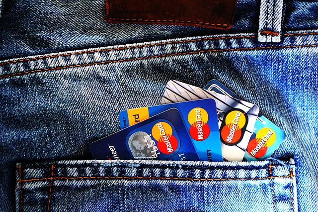 credit-card-1583534_640.jpg