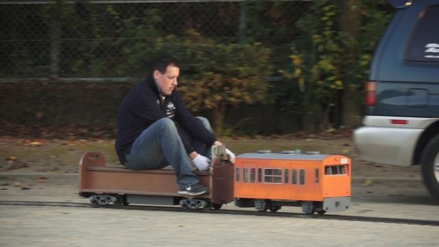 スタローンが列車に???