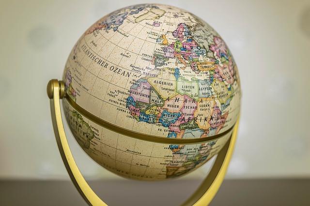 globe-1130870_640.jpg