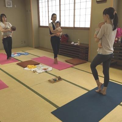 yoga 木 久我山ヨガ