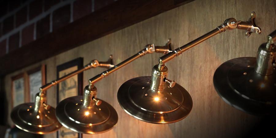 真鍮製 平型 シェード 皿 傘 工業系 インダストリアル 照明 ブラケット ウォールランプ ライト