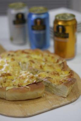 新玉ねぎのピザ生地キッシュb