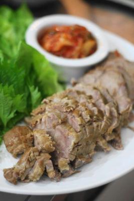 ポッサム風ヘルシー茹で豚の野菜包み