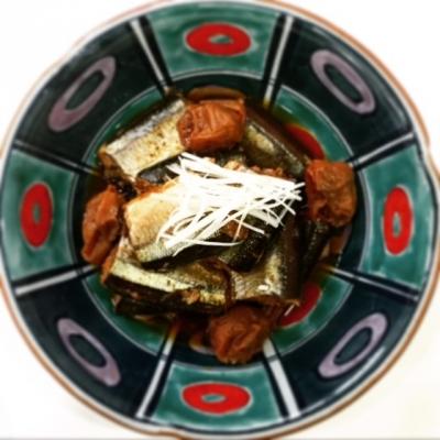 梅干しとお酢でサンマのやわらか煮1