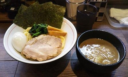 yn-konishi10.jpg