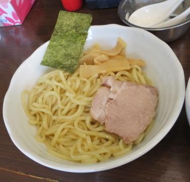 yoshida-sd17.jpg