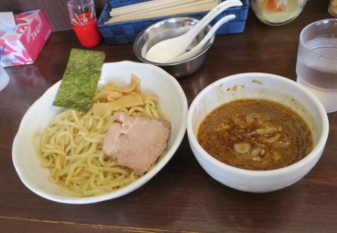 yoshida-sd18.jpg