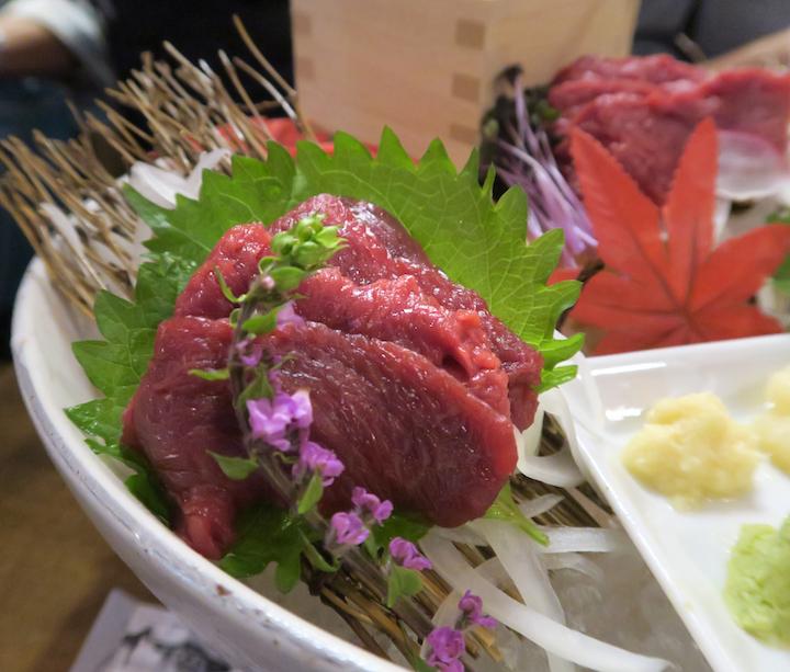 三宮肉寿司