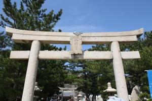 八幡神社と小学校1