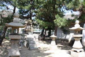 八幡神社と小学校9