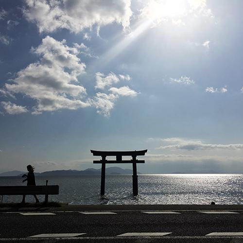 白髭神社・・・琵琶湖の中に鳥居がある