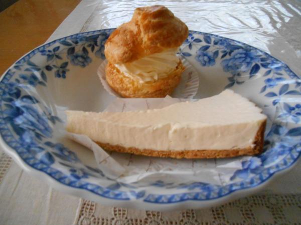 シューとチーズケーキ