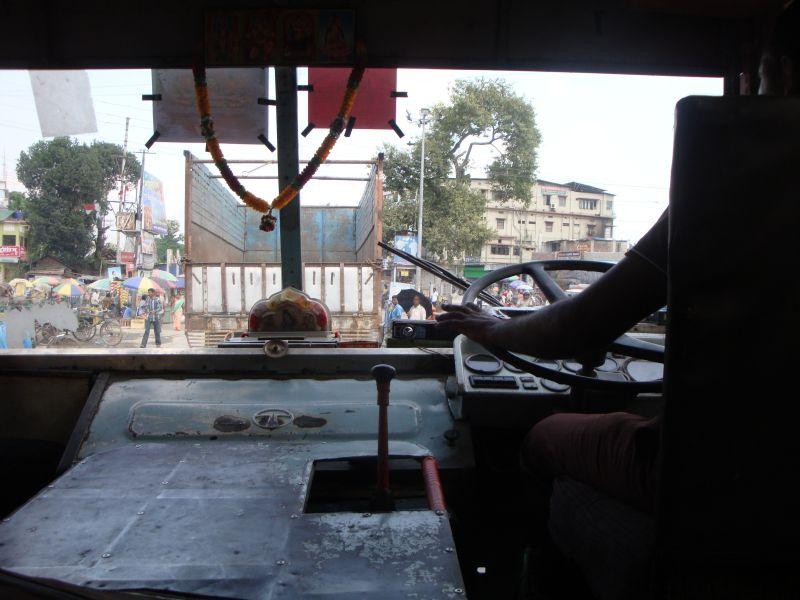 インドローカルバス