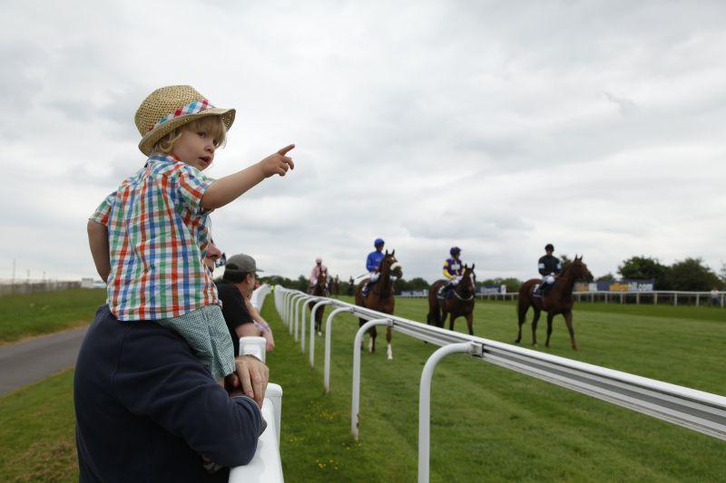 epsom horse racing