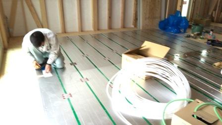 床暖房設置工事
