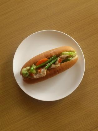 肉野菜炒めドッグ