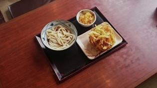 丸亀製麺ぶっかけ(冷)(並)野菜かき揚げ
