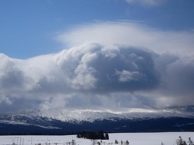 s-重そうな雲