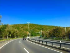 天気の良い国道5号線