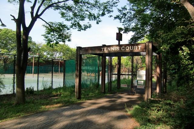 高級テニスクラブ?